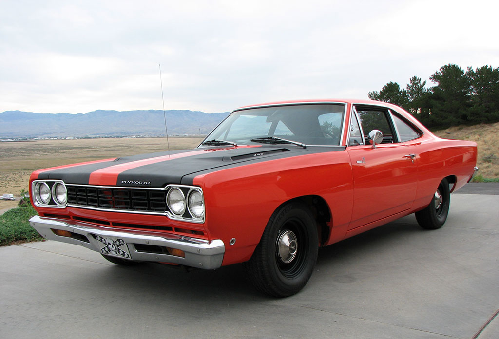 1968-Plymouth-Road-Runner-Red-Photos-1.j