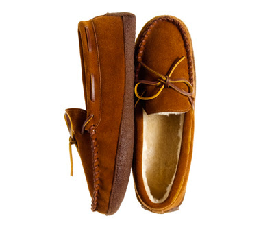 lodge-fleece-slippers-moccasins-men-jcre