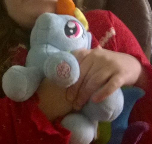 sig-4392475.Niece_With_Dashie_2.png